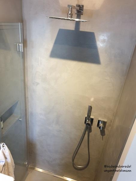 fugenlose-dusche-betonoptik-fugenlos-mit-duschrinne
