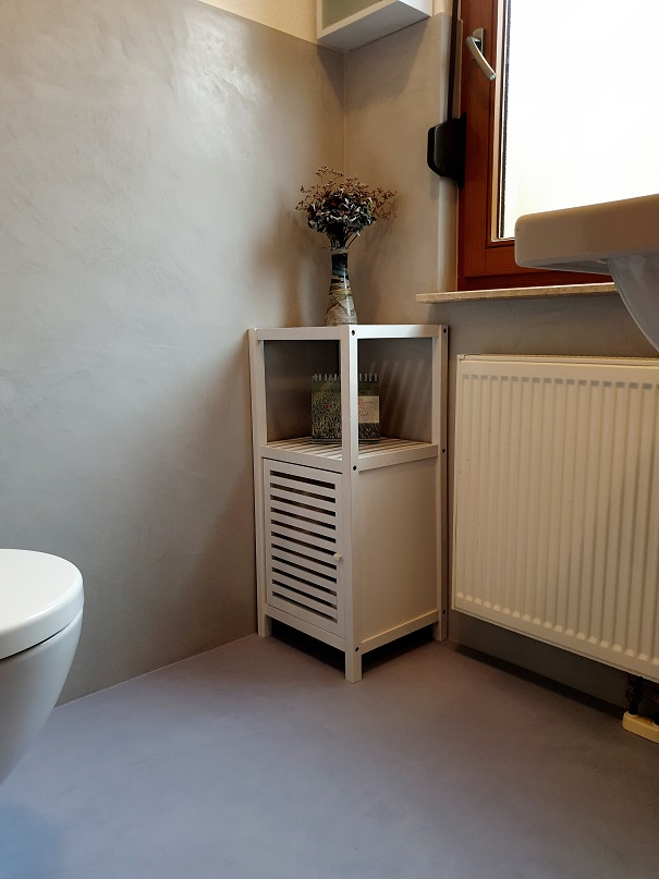 fugenlose-baeder-hofheim-wallau-gaestwc-gestaltung-bad-wandveredelungen-tinolehmann